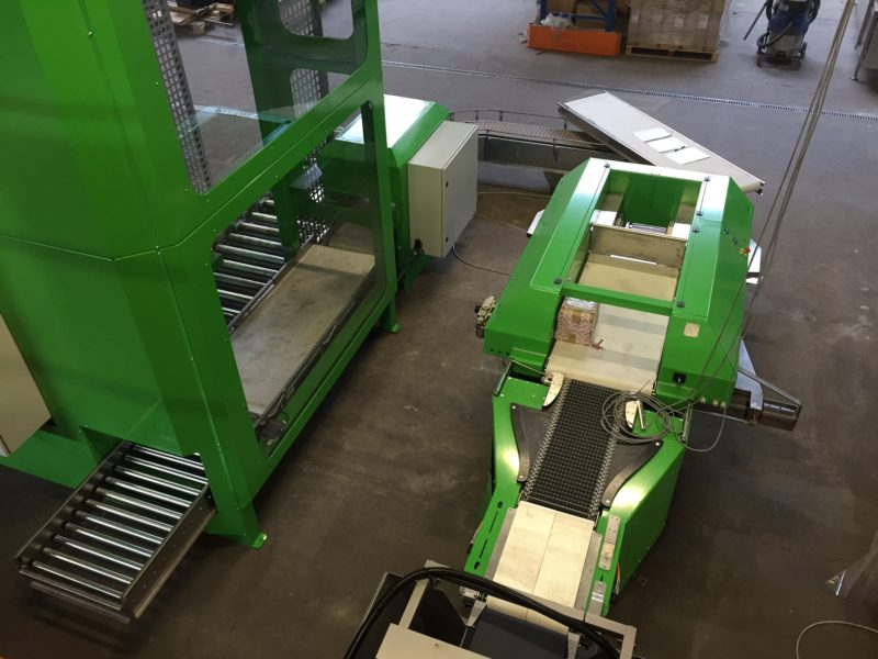 Qumec - PT5 palletizer and CP50 box packer